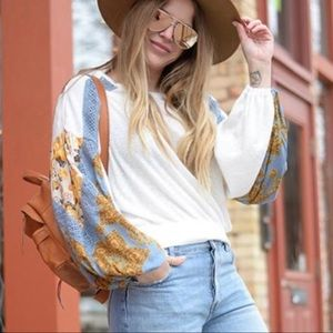 Free People 🔥 Casual Clash Top.
